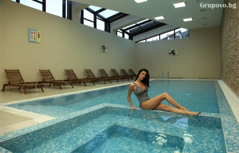 СКИ почивка до Банско! 7 нощувки на човек със закуски и вечери + топъл вътрешен басейн и сауна от Аспен Резорт***, снимка 6