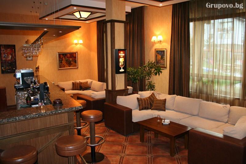 Нощувка на човек със закуска и вечеря + басейн и сауна в хотел Евелина Палас****, Банско, снимка 12