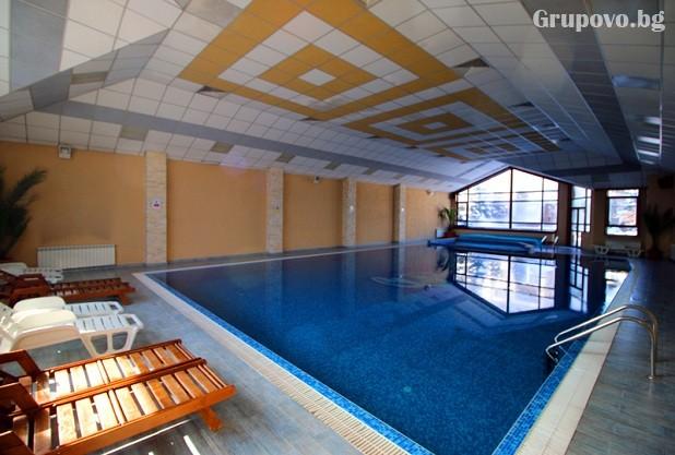 Нощувка на човек със закуска и вечеря + басейн и сауна в хотел Евелина Палас****, Банско, снимка 4